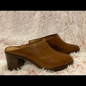 Women's mule shoe by Frye in size 9.5 M